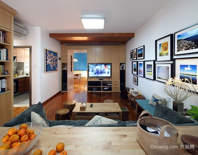 单身公寓欧式客厅吊顶照片墙设计装修效果图