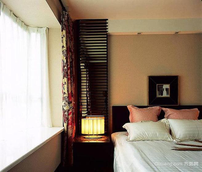 经典的中式卧室飘窗装修