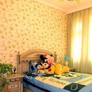 暖色调的卧室背景墙图