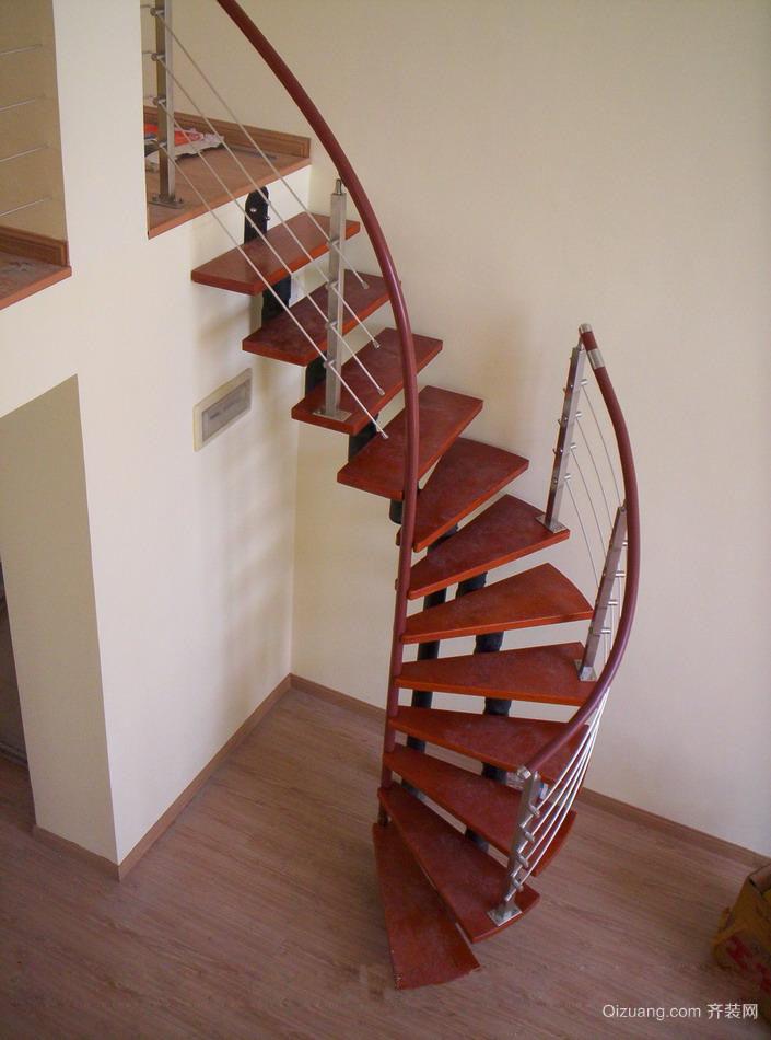 铁艺旋转楼梯装修效果图