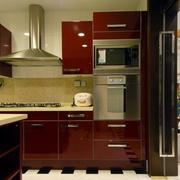 厨房红色优美橱柜