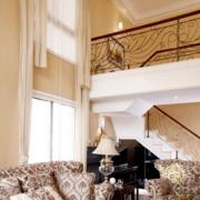 别墅客厅楼梯装修