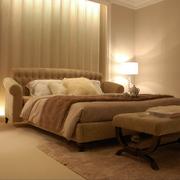 暖色调壁灯设计图片