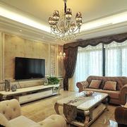线条优美家居客厅