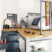 公寓卧室小楼梯