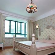 卧室飘窗装修图片