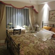 灰色调卧室窗帘设计