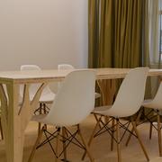 实木客厅餐桌图片
