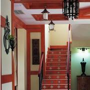 复式楼红色实木楼梯