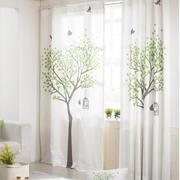 白色调窗帘装修设计