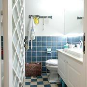 卫生间白色置物柜