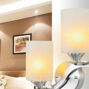 时尚风格壁灯设计图片