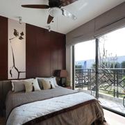 视野宽广的卧室
