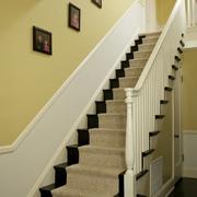 淡色调楼梯装修图片