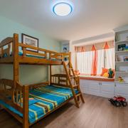 小户型儿童房实木床