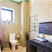 卫生间黄色墙面展示