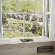 阳台舒适飘窗