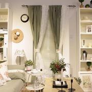 温馨色调窗帘装修设计