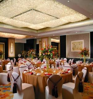 酒店宴会厅吊顶