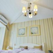 卧室白色吊顶展示