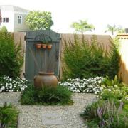 别墅花园背景墙装修