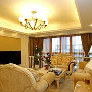 欧式温馨黄色客厅