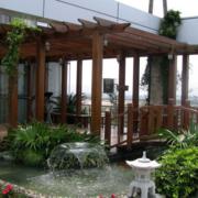 木色调别墅花园装修