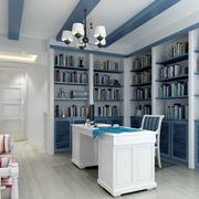 清爽精巧的书房