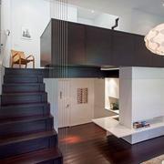 公寓实木楼梯展示