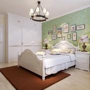 卧室床头照片墙欣赏