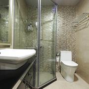 欧式简约风格卫生间玻璃隔断装饰