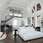 复式楼阁楼卧室