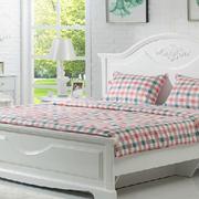 北欧风格清新儿童房床头背景墙装饰