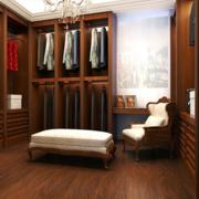 东南亚风格衣帽间沙发装饰