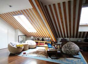 大户型欧式阁楼客厅吊顶装修效果图
