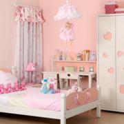 粉色系简约儿童房衣柜装饰
