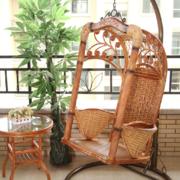 美式风格阳台精致吊椅装饰