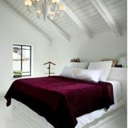 美式白色系阁楼卧室原木吊顶装饰
