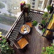 屋顶花园原木地板装饰