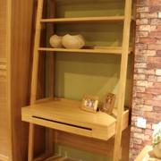 日式简约原木书架装饰