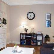 暖色调客厅设计