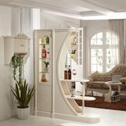 现代简约风格客厅精致酒柜装饰