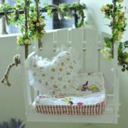 韩式清新风格阳台白色吊椅装饰
