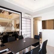 现代简约风格餐厅镜饰背景墙装饰
