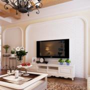 客厅白色精巧背景墙