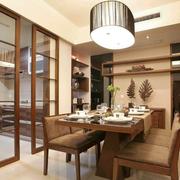 住宅式厨房餐桌装饰