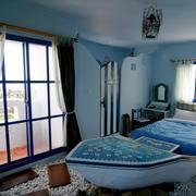 简约地中海卧室推拉门装饰