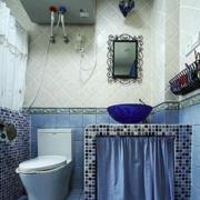 地中海风格卫生间马桶装饰