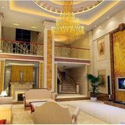 欧式风格客厅奢华楼梯装饰