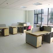 简约风格原木办公桌设计